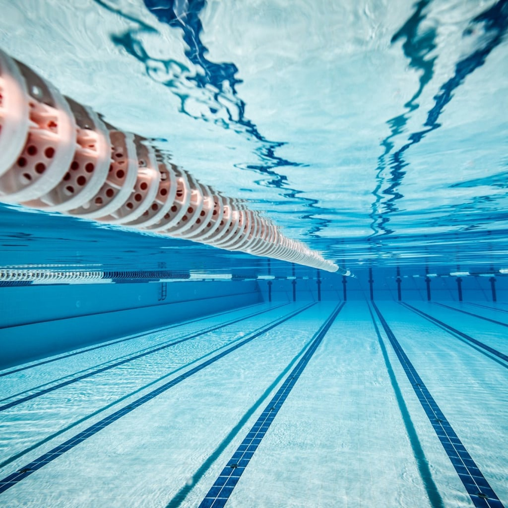 Закрытие плавательного сезона в бассейне
